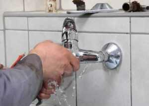 How to stop leak in plumbing joints - faucet