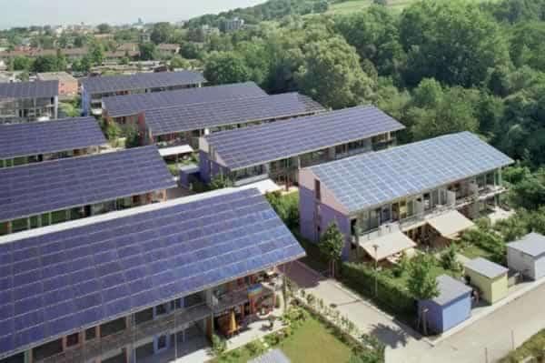 renewable energy houses