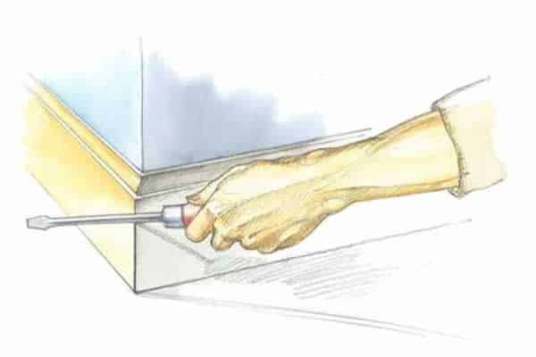 How to fix gaps in miter joints - screwdriver