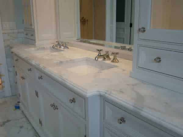 How to choose a bathroom vanity - stone top