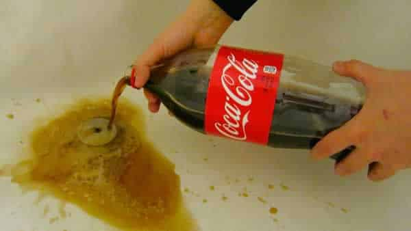 Easy solutions for clogged drains - coca cola