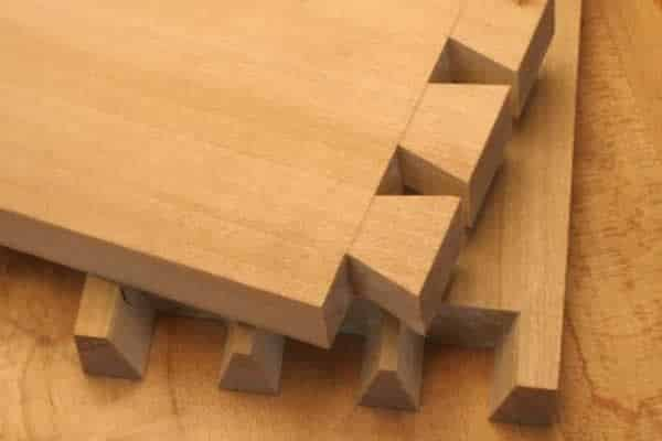 How to cut dovetails