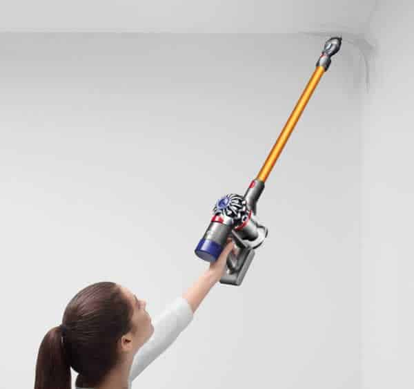 Cordless vacuum cleaners - cleaning