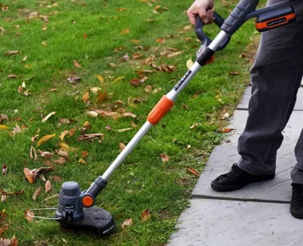 Garden power tools - string trimmer