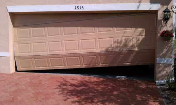 Signs that your garage door needs professional help