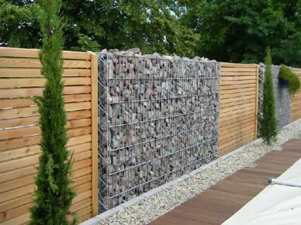 The most popular trends in fences
