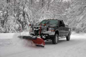 How to pick a snow plowing service