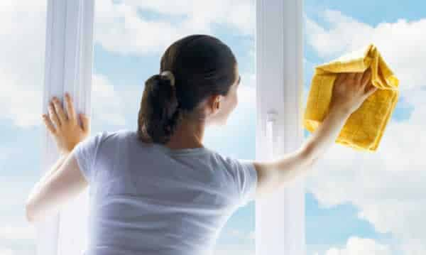 How to clean your windows like a professional window cleaner