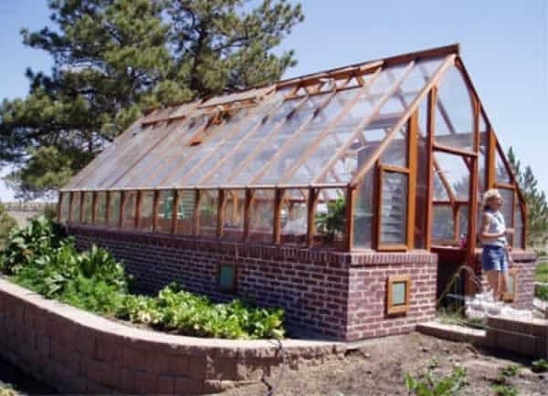 Rewards to owning a greenhouse