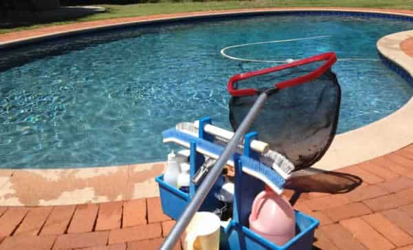 Swimming Pool Care : Swimming pool maintenance handyman tips