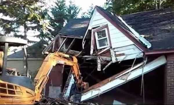 What you need in order to demolish an old house