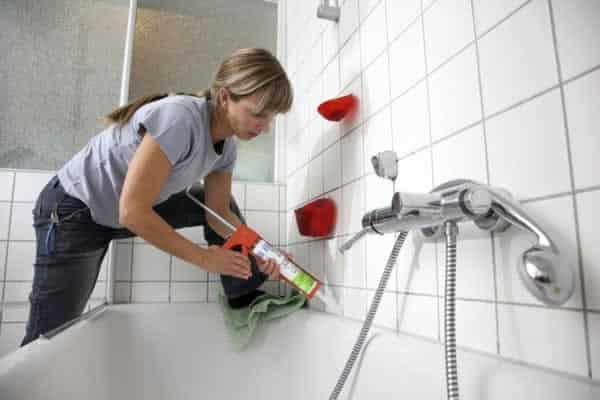 Hiring a Repairman vs DIY repairs