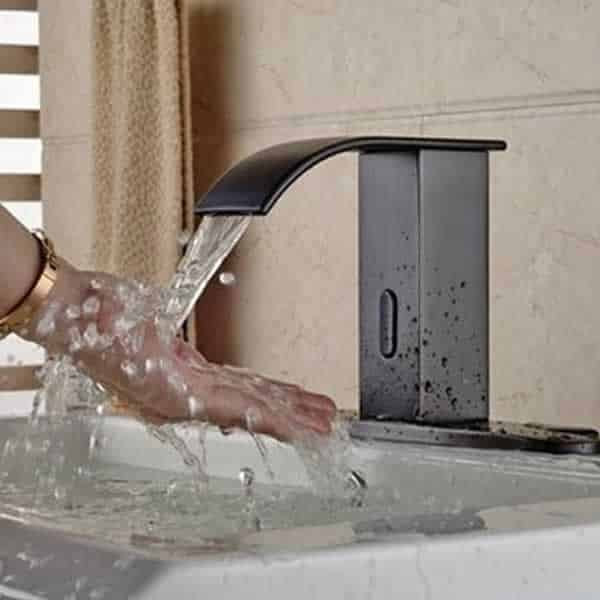 How touchless faucets work - bathroom faucet