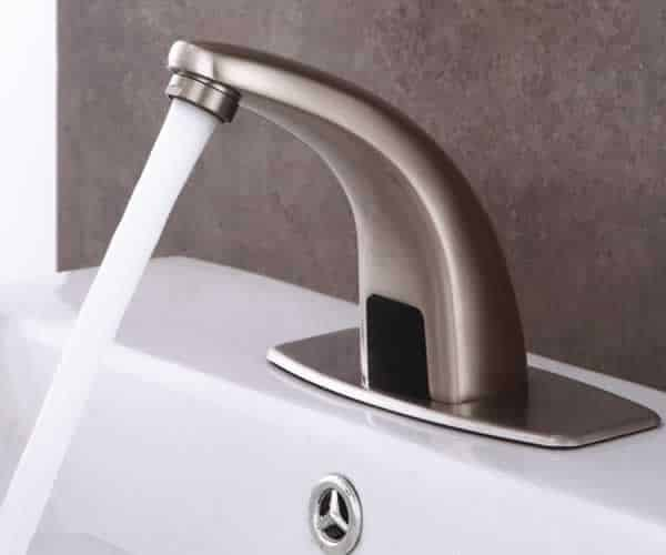 How touchless faucets work - sensor faucet