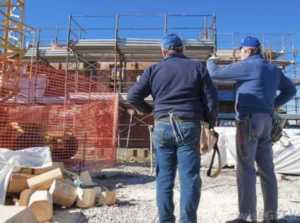 How to choose a reputable commercial contractor - construction site