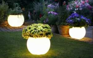 18 inspiring garden trends - garden lighting