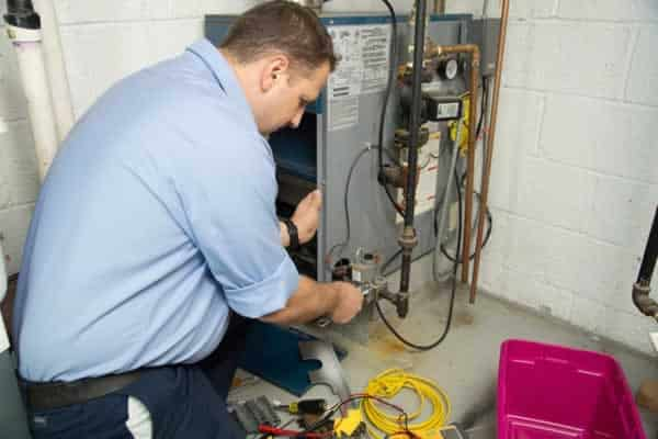 How to find a good furnace repair company - repairing the furnace
