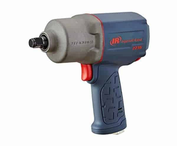 Air impact wrench vs. Cordless impact wrench - air impact wrench