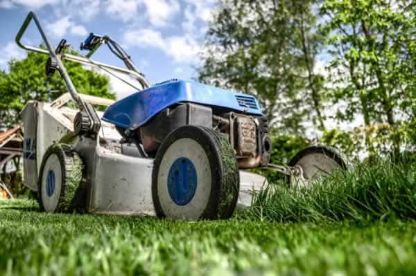 Corded lawn mower and tips how to use one