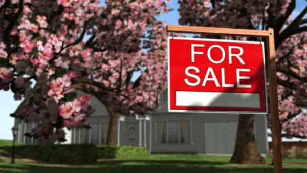 Tips to selling your home in the spring
