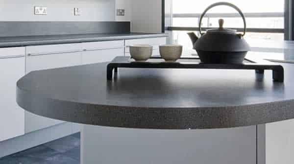 Transforming kitchen on a budget - laminate worktop