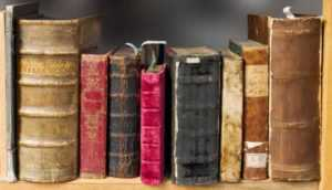 Signs showing that you need to declutter your house - old books