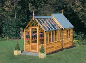 Simple tips for creating potting shed for your garden