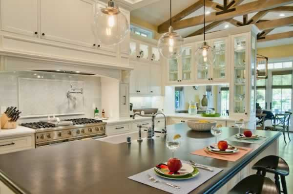 Handy Tips in Designing Your Kitchen's Interior