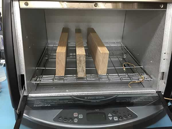 How to measure wood moisture content - oven dry method