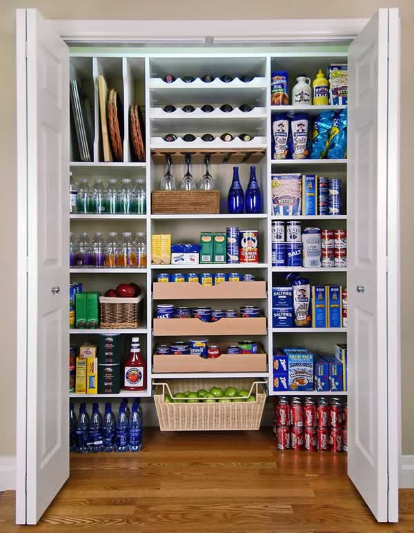 How to organize your kitchen - organized pantry