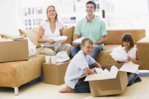 How to pick an apartment moving services - packing