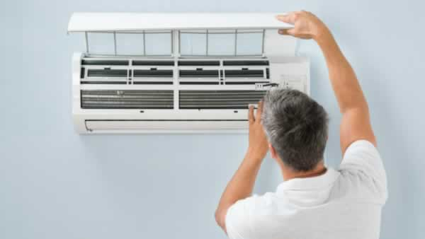 Signs That Your Air Conditioning Unit is Failing - clogged filter