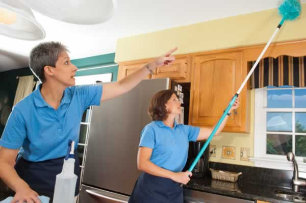Ways that hiring a house cleaner can improve your life - cleaning