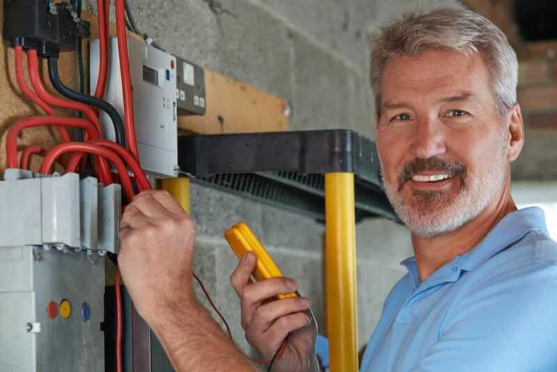 Tips to hiring an electrician - electrician