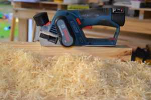 Tips to using a wood planer - shavings