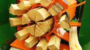 Different types of log splitters and its usage - hydraulic log splitters
