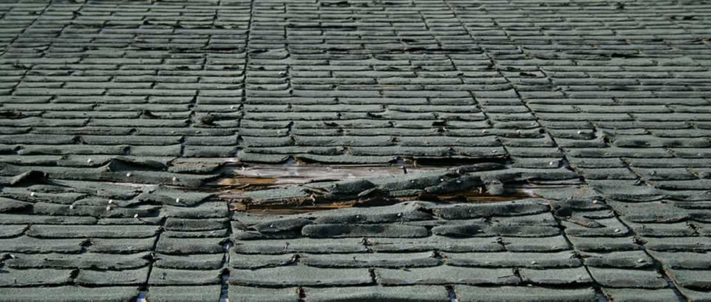 Signs That You Need To Install A New Roof