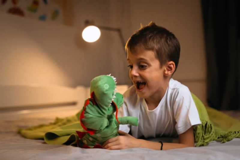 Tips To Creating This Themed Masterpiece - boy with dragon