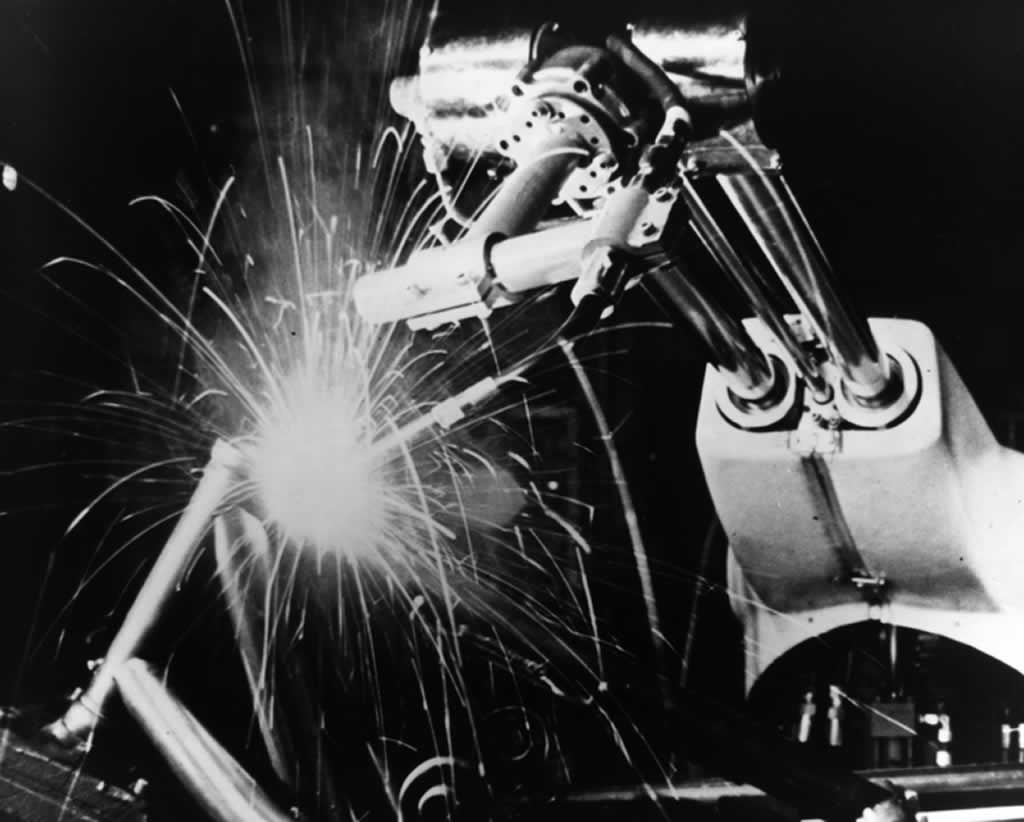 The top 5 facts about welding - Unimate robot