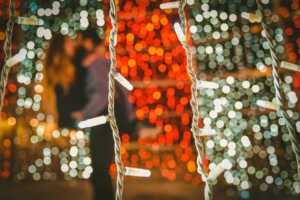 Tips To Installing Temporary Decorative Lights Outside