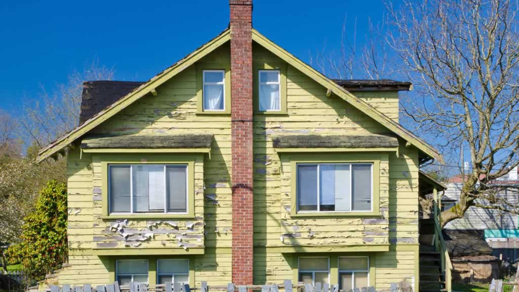 Common Plumbing And Heating Issues in Old Homes and How to Fix Them