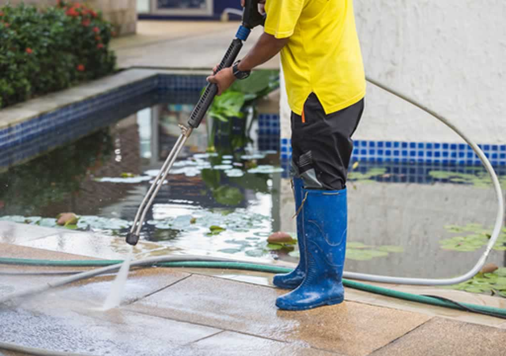 Questions To Ask Before Hiring Top Residential Pressure Washers