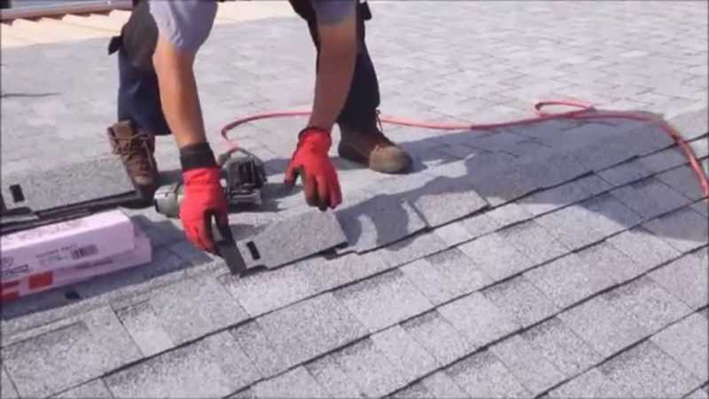 Reasons to hire a roofing company instead of doing it yourself - shingles