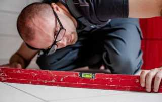 Top tips for tiling your home - leveling
