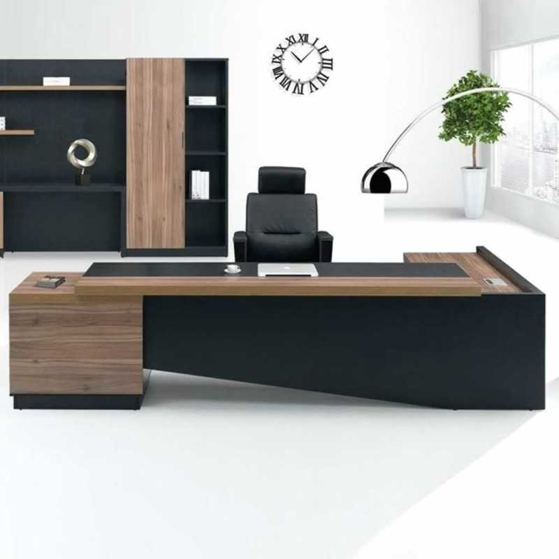 4 must-have furniture pieces every company needs - office table