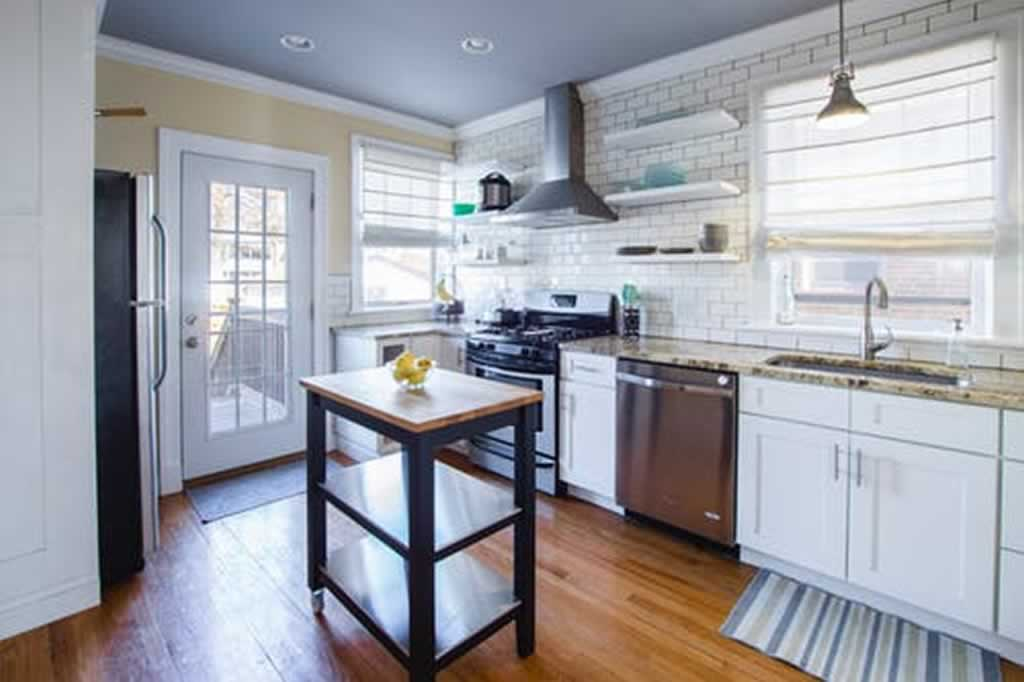 5 Basic Necessities to Amp Up your Kitchen - small kitchen