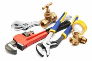 How to deal with messy plumbing problems yourself - plumbing tools