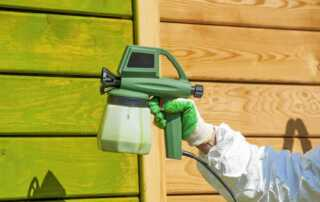 How to paint exterior walls with a paint sprayer