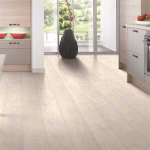 How your laminate flooring is an easy way to impress your guests