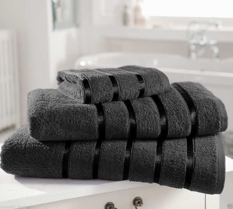 11 tips for making your bathroom look more luxurious - towels